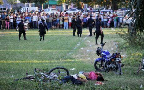 Xả súng kinh hoàng giữa sân bóng Honduras, 14 người thiệt mạng
