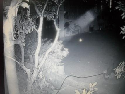 Xuất hiện luồng sáng 'bí ẩn' trong đêm tại Hà Nội