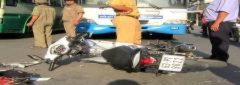 'Đấu đầu' ôtô buýt, 2 người bị thương