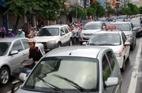 Hà Nội và 7 tỉnh xin lùi hạn cấp biển 5 số