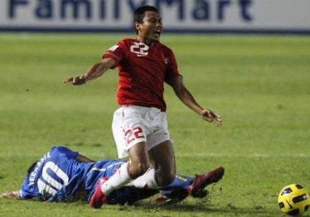 """""""Địa chấn"""" AFF Cup, Thái Lan bị loại ngay từ vòng bảng"""