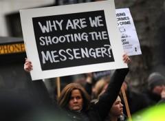 Không quân Mỹ chặn website đăng tin từ Wikileaks