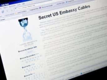 Trang WikiLeaks ngày càng khó truy cập