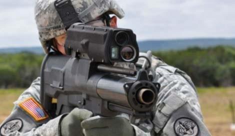 """Mỹ tung """"siêu vũ khí"""" vào cuộc chiến Afghanistan"""