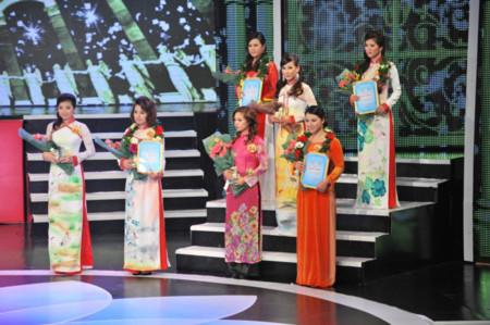 Phạm Khánh Ly đăng quang Duyên dáng truyền hình
