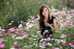 Thùy Chi rạng rỡ tựa hoa xinh