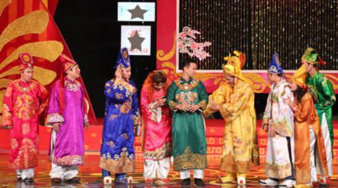 Táo Dân được các Táo và Ngọc Hoàng nhất trí chọn làm Táo Idol.