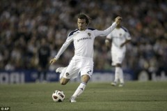 David Beckham đặt một chân tới White Hart Lane