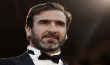 Eric Cantona trở lại với bóng đá