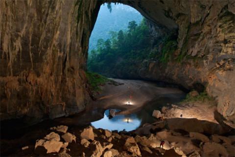 Hang động kỳ vĩ tại Việt Nam trên ảnh