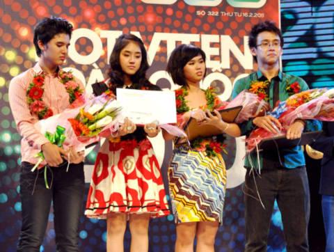 4 gương mặt đạt danh hiệu hot vteen toàn quốc năm 2010 lần lượt là thí sinh Hoàng Giang đến từ Cần Thơ, Kim Anh (TP HCM), Hương Linh (Hà Nội), Quang Bảo (TP HCM).