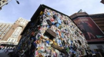 Khách sạn rác ở Madrid