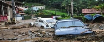 Lũ, lở đất giết chết 257 người tại Brazil