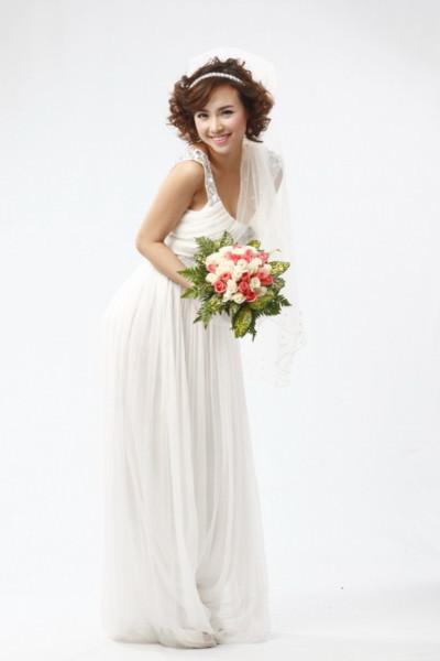 Tạo hình cô dâu của Ngọc Diệp trong phim Tết
