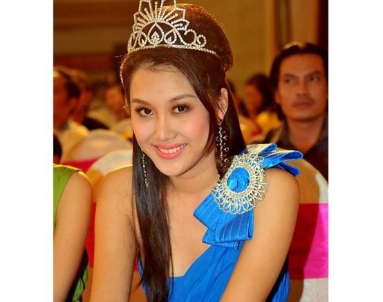Người đẹp 23 tuổi đoạt Hoa khôi Duyên dáng thời trang