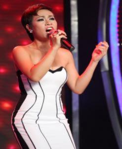 Nhà mạng chưa được kinh doanh bài hát của Uyên Linh