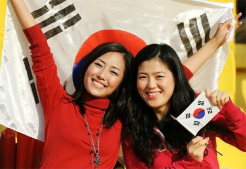 Nhan sắc Hàn ở bán kết ASIAN Cup