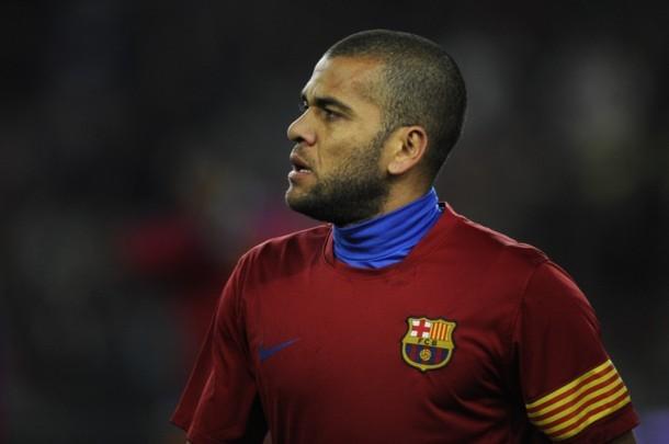 Thương thảo hợp đồng giữa Barca và Alves: Đổ vỡ