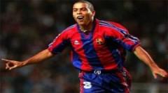 10 bàn thắng đẹp của Ronaldo huyền thoại