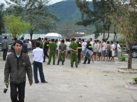 Đà Nẵng: Khống chế quản giáo, 165 học viên trốn trại