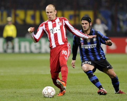 Tốc độ và kỹ năng xuyên phá của Robben luôn đe dọa hàng phòng ngự Inter. Ảnh: AFP.