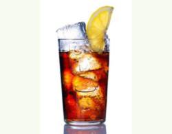 Chất tạo màu nâu trong đồ uống cola bị nghi gây ung thư