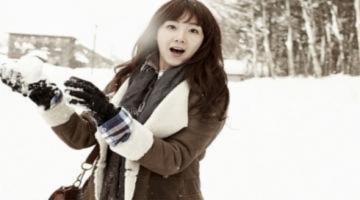 Choi Ji Woo đùa nghịch trong tuyết