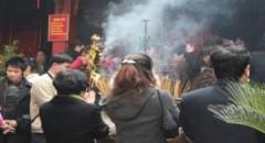 Hà Nội cấm công chức đi lễ chùa trong giờ làm việc
