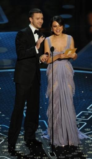 Justin Timberlake, diễn viên Mạng xã hội, và Mila Kunis, diễn viên Thiên nga đen, công bố giải Phim hoạt hình ngắn xuất sắc