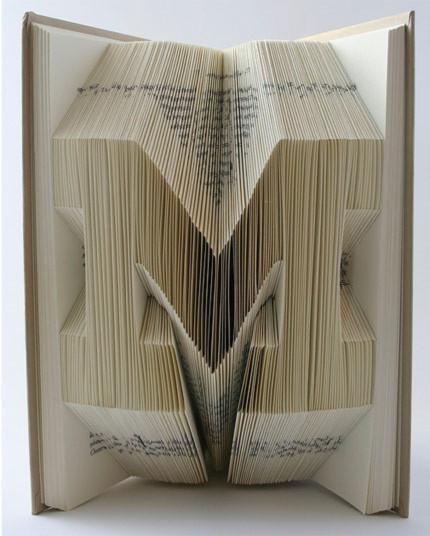 Nghệ thuật 3D đến từ những quyển sách