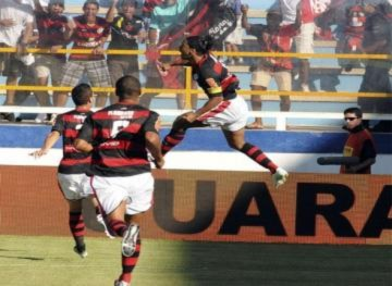 Ronaldinho và Rivaldo tái xuất ấn tượng ở Brazil
