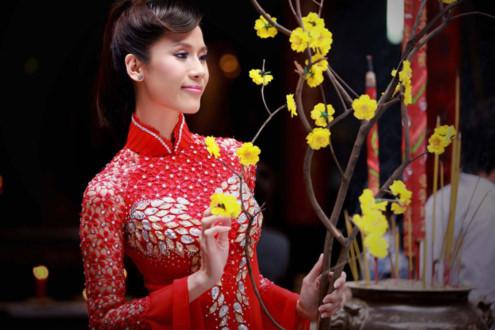 Đi chùa đầu năm là một trong những nét đẹp của văn hóa truyền thống người Việt.