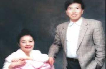 Thầy bói Hong Kong ra tòa đòi tiền tỷ phú