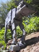 Từ rác thải máy tính hóa thành robot Star Wars
