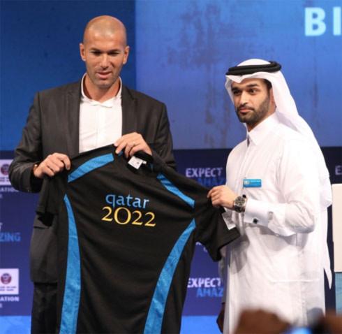 Zidane là một trong những nhân vật có ảnh hưởng trong giới bóng đá ủng hộ mạnh mẽ nhất cho Qatar đăng cai World Cup.