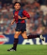 10 bức ảnh ấn tượng thời trai trẻ của siêu sao Xavi