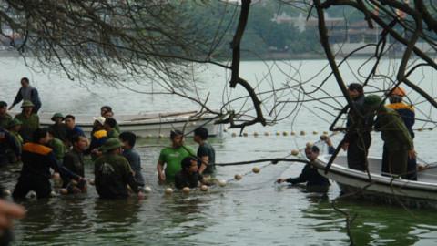 20 chiến sĩ đặc công tham gia bắt Rùa Hồ Gươm