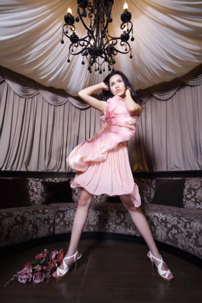 Bộ ảnh do stylist: Aki Quang và nhiếp ảnh gia Khương Duy thực hiện.