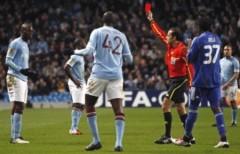 Bị loại khỏi Europa League, Mancini đổ tại Balotelli