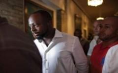 Ca sĩ 'Hips Don't Lie' bị bắn ở Haiti