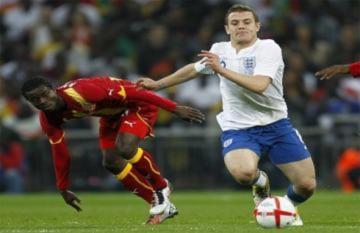 Capello lạc quan so sánh tuyển Anh với tuyển Đức