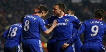 Chelsea thắp lại hy vọng vô địch