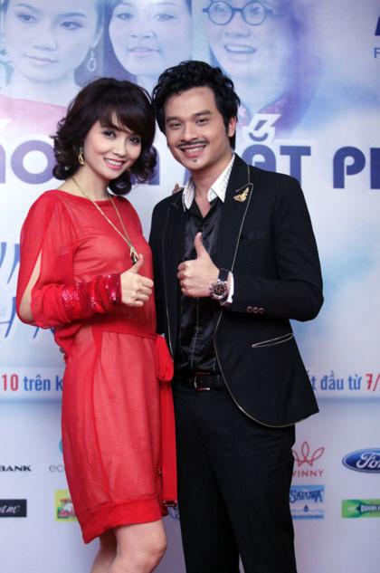 Diễn viên Danh Tùng và bà Mai Thu Huyền - giám đốc FPT Media trong ngày ra mắt phim. Ảnh: Tâm Kem.