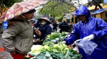 Đổi thói quen đi chợ vì mưa rét