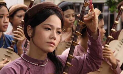 Ca sĩ Nhật Kim Anh trong vai Cầm của bộ phim về đại thi hào Nguyễn Du.