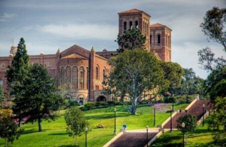 Điểm mặt những trường Đại học đẹp nhất thế giới