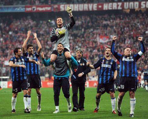 Lòng quả cảm của Inter được đền đáp xứng đáng khi họ thắng ngược Bayern để vào tứ kết. Ảnh: AFP.