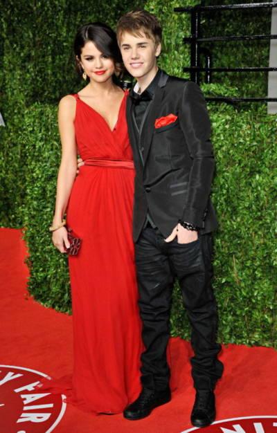 Selena Gomez và Justin Bieber tại bữa tiệc ở West Hollywood hôm 28/2. Ảnh: WEN.