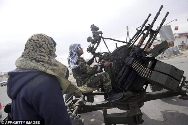 Libya: Quân chính phủ thẳng tiến về Benghazi