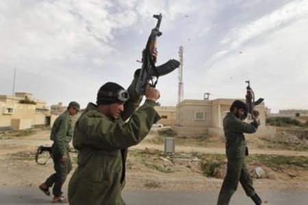 Libya tuyên bố ngừng mọi chiến dịch quân sự - Tin180.com (Ảnh 1)